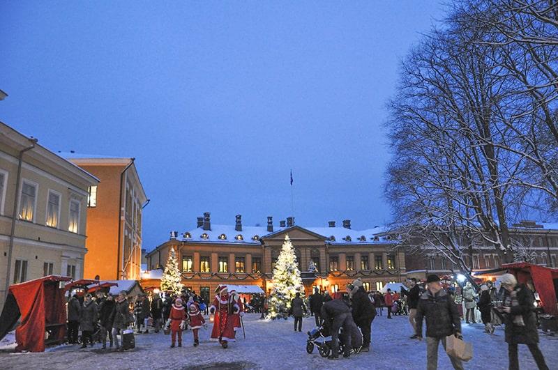 Vanhan Suurtorin joulumarkkinat turku Kuva Eeva-Maija Haukka